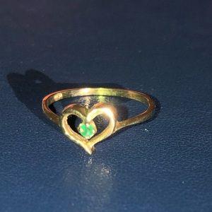 Emerald & 14k gold heart ring